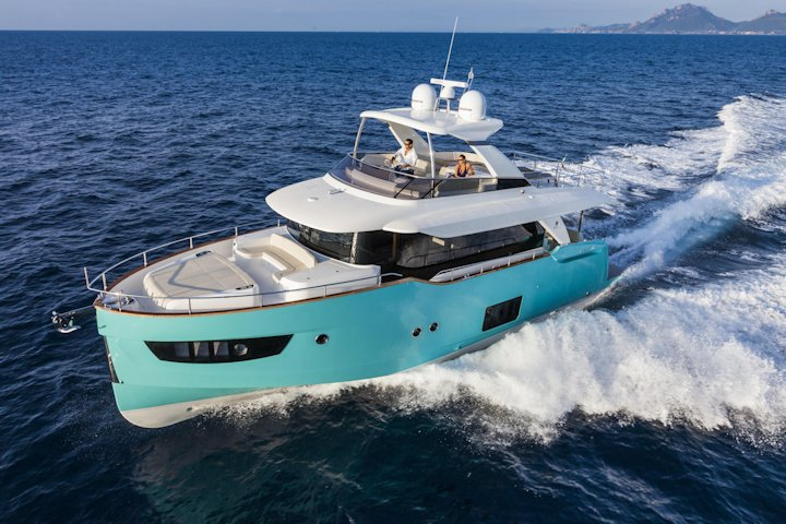 360 VR Virtual Tours of the Absolute Navetta 58