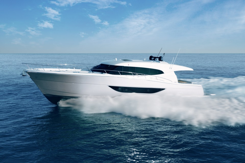 360 VR Virtual Tours of the Maritimo S70