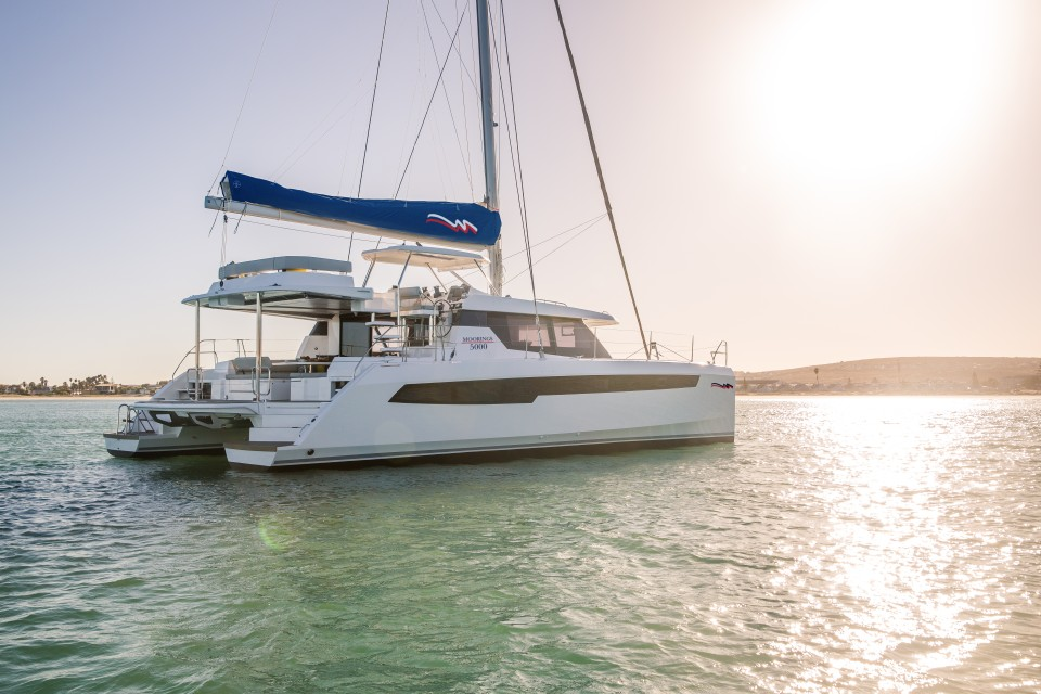 360 VR Virtual Tours of the Moorings 5000 - 5 Cabins
